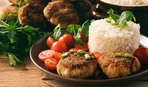Биточки рыбно-рисовые с творогом