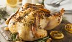 Курица без костей, фаршированная капустой и колбасками