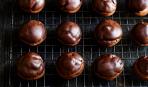 Профитроли с шоколадным кремом