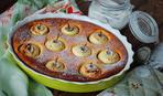Сладкие выходные: пирог с фаршированными яблоками