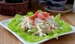 Салат из яблок с сельдереем и свежих овощей