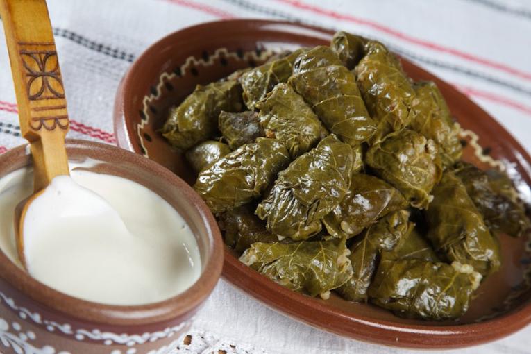 миру искусства рецепты молдавских блюд с фото нее ровной фиолетовой