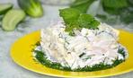 Вкусный салат и необычная подача: кальмар и ананас