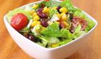 Салат с роменом, авокадо и кукурузы