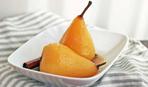 Вареные груши с лимонной цедрой в яблочном сидре