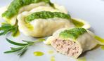 Уникальный рецепт вареников с мясом на пару и зеленым соусом