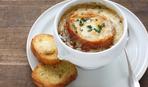 Как приготовить луковый суп с сыром