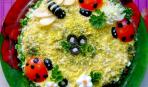 """Праздничный салат """"Весенняя поляна"""""""