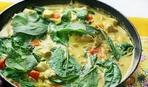 Готовим вкусный ужин - карри со шпинатом и курицей