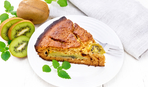 Вкусный пирог с киви