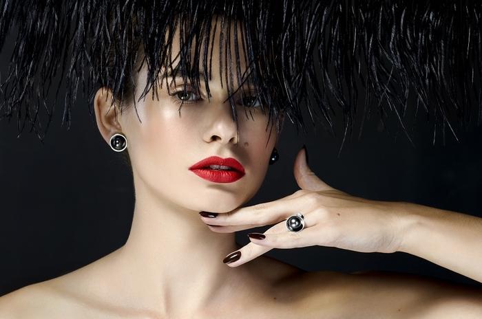 Style: Яровчик Ксения. MUA: Колисниченко Юля. Hair stylist: Николенко Александр. Model: Сердюк Карина (МА ivanka models) Clothes mint.ua Jewelry: NJC Photo: Пашунеску Ксения