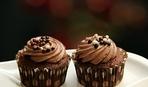 Шоколадные маффины с банановыми чипсами