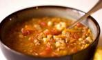 Суп с чечевицей и колбасой чоризо