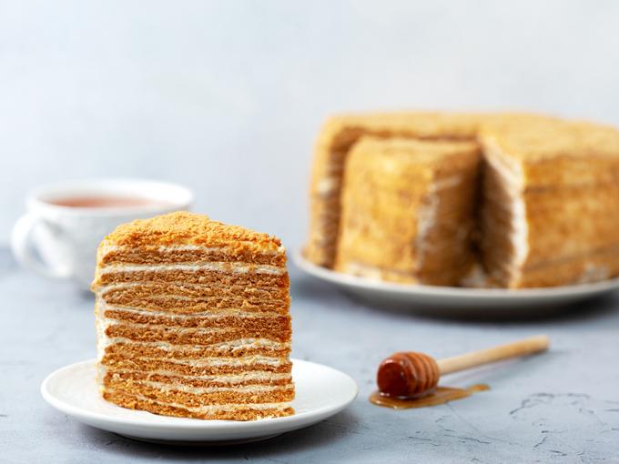 Ленивый «Медовик» за 30 минут: самый простой и вкусный рецепт