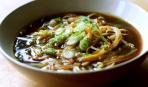 Азиатский суп на курином бульоне с кукурузой