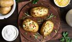 Запеченный картофель с яйцами и ветчиной