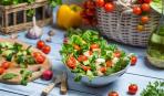 Весенние салаты: ТОП-10 идей для вдохновения