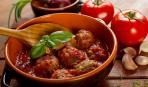 Вкусный ужин: тефтели в томатном соусе