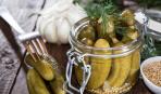 Дачные заготовки: огурцы, маринованные по фирменному рецепту