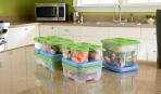 Пластиковые контейнеры на кухне: 3 идеи хранения