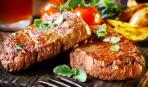 Шедевры турецкой кухни: бараньи отбивные с кускусом и соусом из кабачков