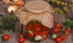 Салаты из помидоров на зиму: 5 лучших рецептов