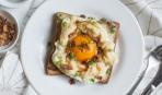Завтрак выходного дня: яичница «в облаках»