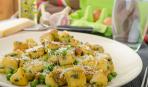 Національні смаколики: картопляні палички із зеленню