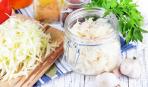 Как квасить капусту в банке: 3 пошаговых рецепта