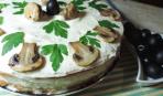 Грибной бисквитный торт
