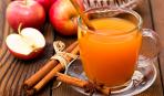 Яблочный сок с корицей в соковарке
