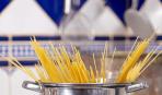 3 причины не выливать воду, в которой варились макароны