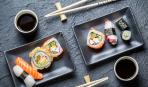 Как правильно держать палочки для суши (фото)