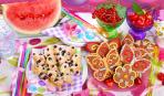 Десерт из бисквита и желе: забавное угощение
