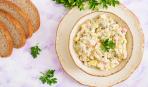 Чем заменить огурцы в салате «Оливье»: 4 доступных варианта