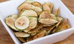 Кабачковые чипсы с сыром
