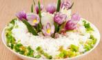 Нарядный салат на 8 марта