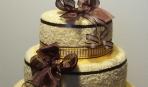 Оригинальный подарок на 8 марта: торт из полотенец (фото)