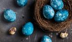 Як пофарбувати яйця натуральними барвниками: синій та його відтінки