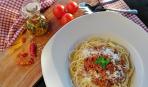 Спагетти Болоньезе с запеченными овощами