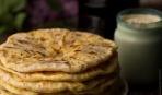Блюдо дня: слоеные плацинды с творогом и зеленью по-молдавски